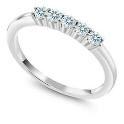 925 Sterling Silver 5-Stone Wedding Band Made With Swarovski